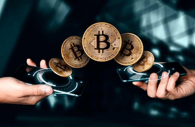Banco brasileiro estuda parceria com bancos internacionais para enviar Bitcoin