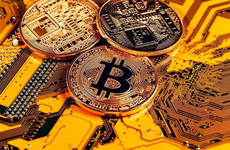 Cerca de 14% do Bitcoin em circulação é controlado por 5 exchanges