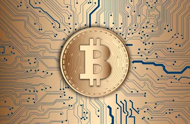 Governos estão muito interessados em Bitcoin e blockchain, revela pesquisa