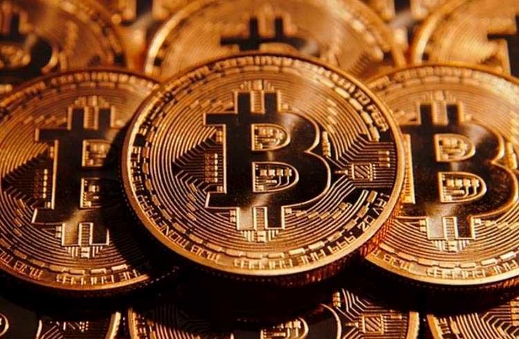 Bitcoin dispara 8% e busca os R$ 100 mil