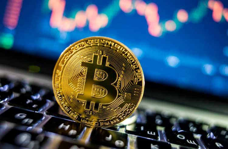 Bitcoin pode repetir valorização de 2017 em 2021, afirma veterano