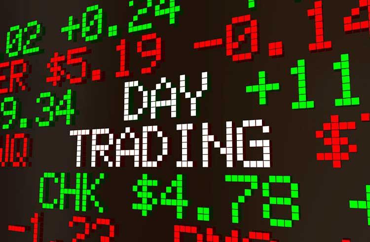 """Especialista alerta sobre day trade: """"muita gente vai apanhar"""""""