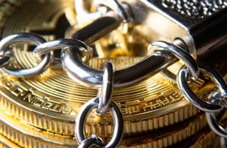 Deixar Bitcoin em exchanges é como usar moeda fiduciária