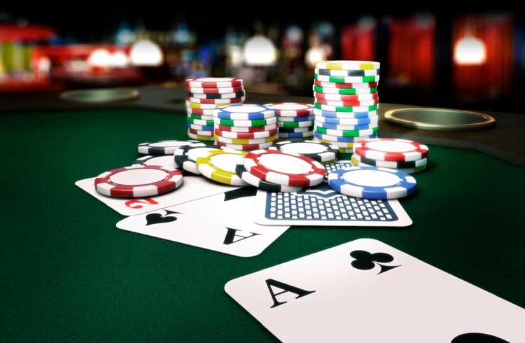 Lenda do pôquer dá dicas de trade com criptomoedas