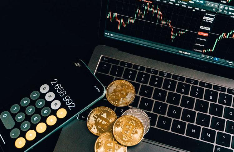 92% das criptomoedas com grande volume subiram mais que o Bitcoin