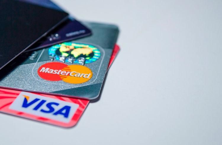 Binance libera compras de criptomoedas em reais com cartões de crédito