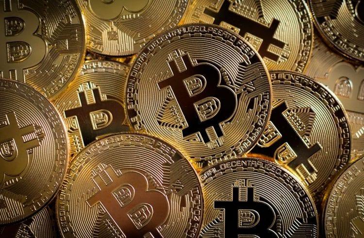 Bitcoin chega a R$ 270 mil em março, diz famoso estrategista
