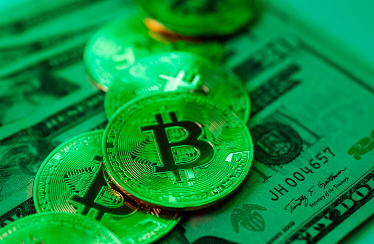 Bitcoin dispara e liquida R$ 57 milhões em posições na BitMEX