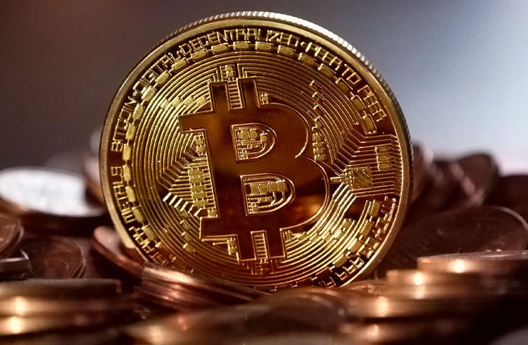 Bitcoin perdeu para 4 criptomoedas que valorizaram 400%