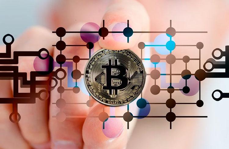Bitcoin rompe R$ 200 mil de novo; Polkadot dispara 34%