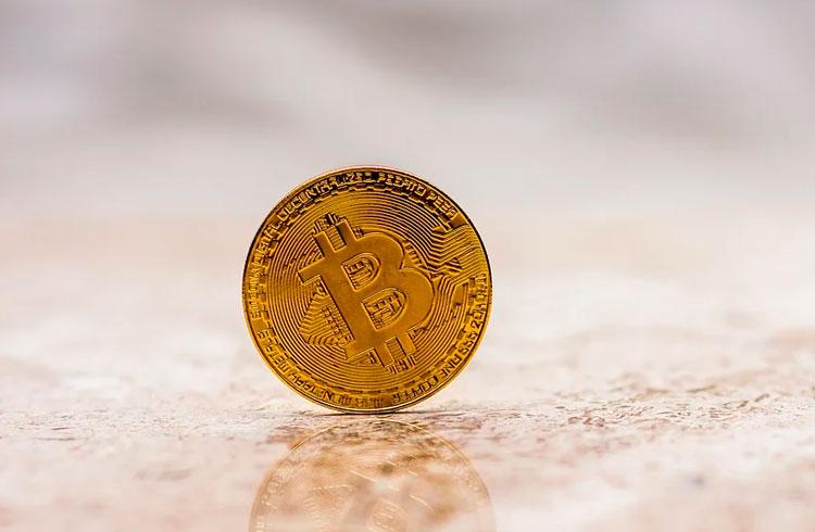 Bitcoin sobe ou desce? Trader revela 5 indicadores para acompanhar