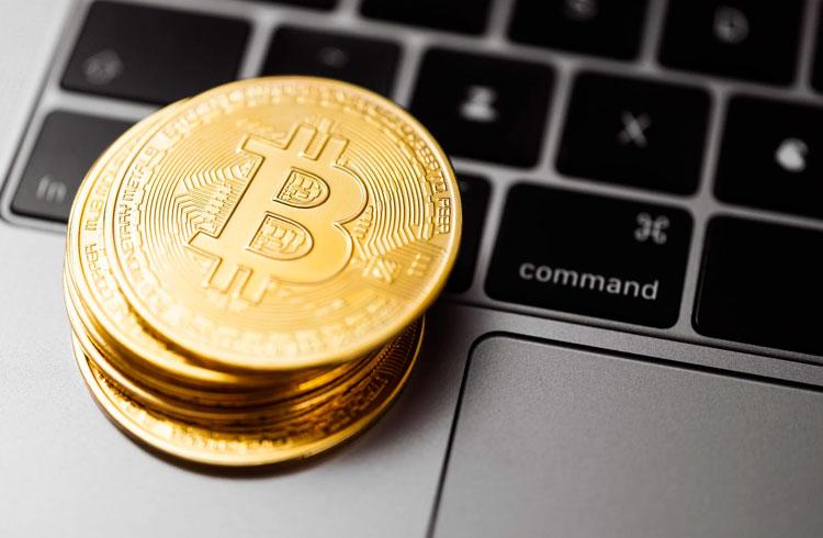 Bolha do Bitcoin é absurda, dispara Peter Schiff