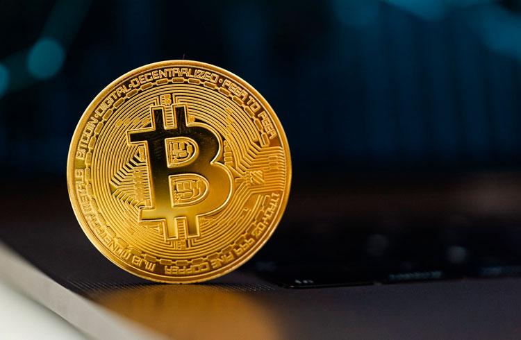 ETF de Bitcoin pode causar correção maior no preço, diz JPMorgan