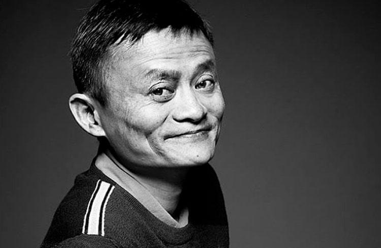 Jack Ma reaparece após 3 meses e ações da Alibaba fecham em alta
