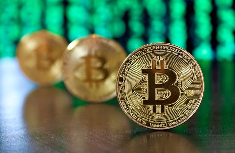 Risco do dinheiro sair do Bitcoin para outras criptomoedas é alto, diz trader