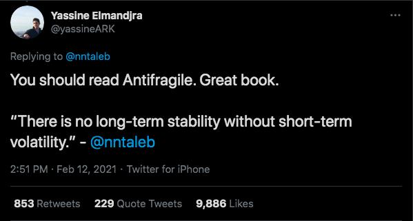 Gestor utilizou de ironia para responder a economista