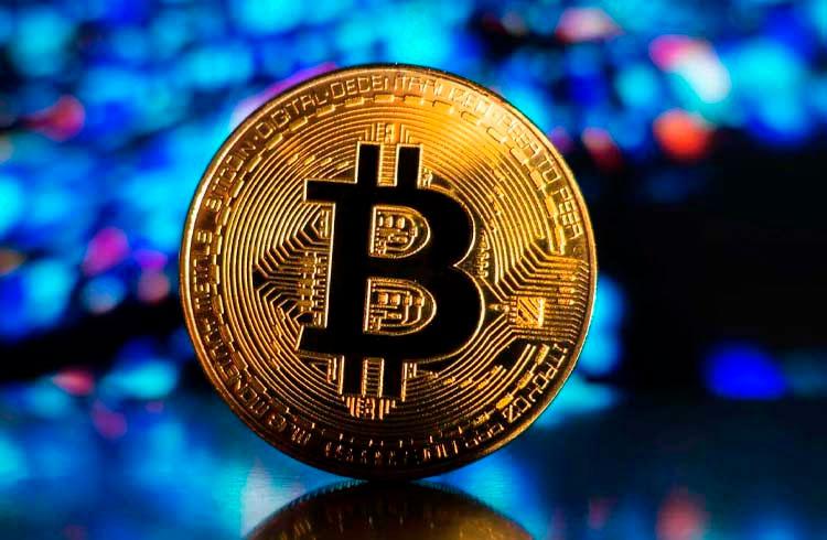 """""""Apple deve comprar Bitcoin e abrir uma exchange"""", diz especialista"""