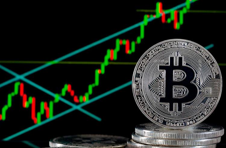 Especialistas falam sobre motivos que fizeram o Bitcoin romper US$ 50 mil