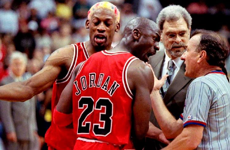 """Michael Jordan sofre perda """"catastrófica"""" com alta da GameStop"""