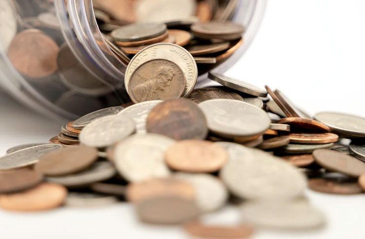 Pesquisa revela 5 criptomoedas que mais chamam atenção de traders