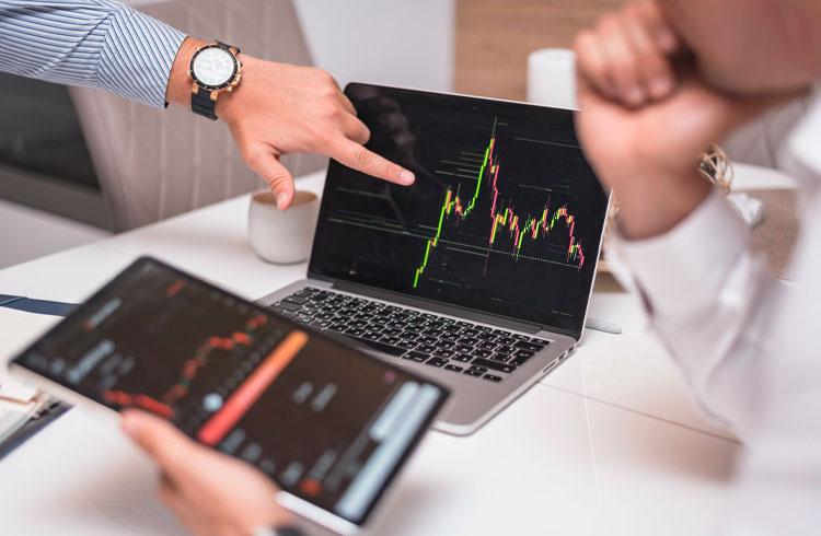 Volume de exchanges descentralizadas do Ethereum cresce 200% em 2021