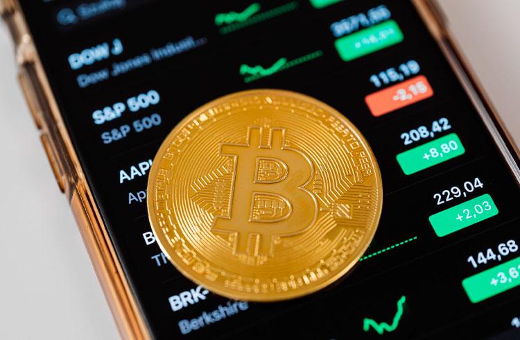 5 criptomoedas para subir mais que o Bitcoin em março