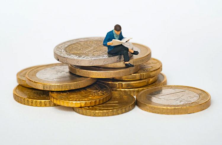 """5 tokens farão """"super valorização"""" em abril, prevê Nicholas Merten"""