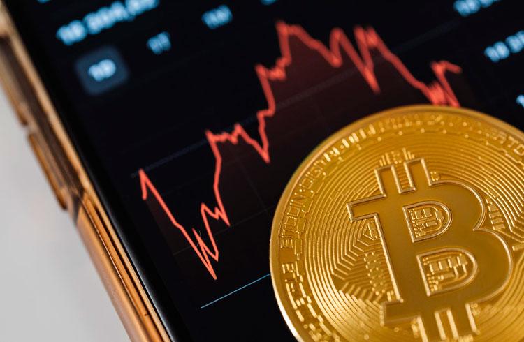 """""""Bitcoin vai corrigir e muitos vão perder tudo"""", alerta analista"""