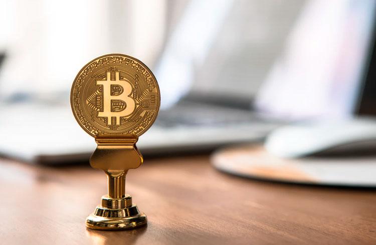 Lobo de Wall Street muda de opinião e prevê Bitcoin a R$ 500 mil