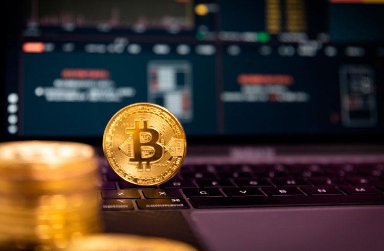 Número de investidores acreditando no Bitcoin a US$ 100 mil bate recorde