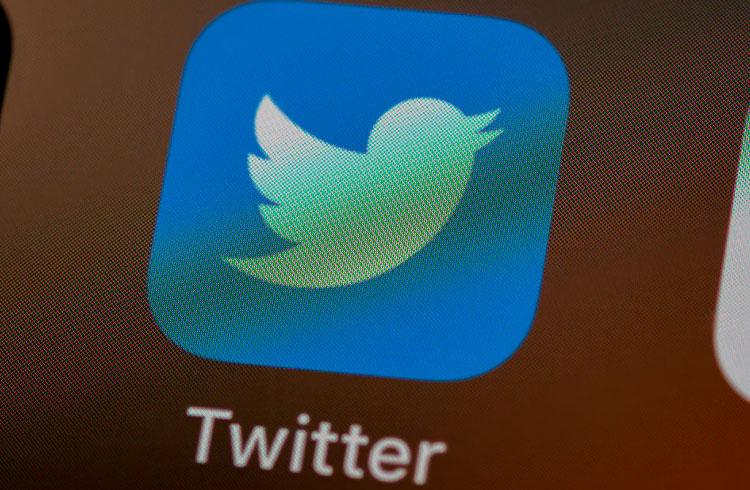 Twitter suspende perfis de influenciadores relacionados a criptomoedas