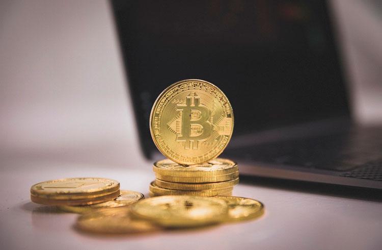 Alta do Bitcoin a caminho: investidores aumentam compras de BTC