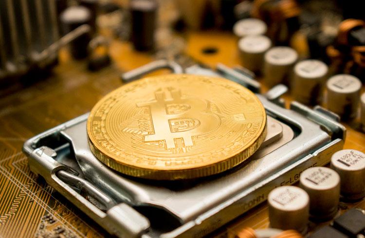 Desenvolvedor minera Bitcoin em um computador de 1982