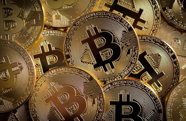 Max Keiser: altcoins só servem para fazer você perder Bitcoins