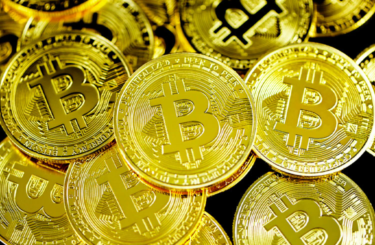 Novos investidores venderam seus Bitcoins para holders durante correção
