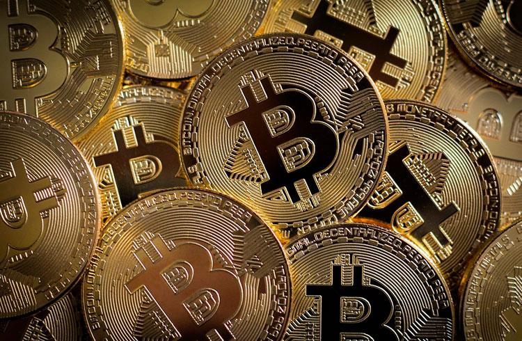 Político perde R$ 140 milhões em Bitcoin; saiba o que aconteceu