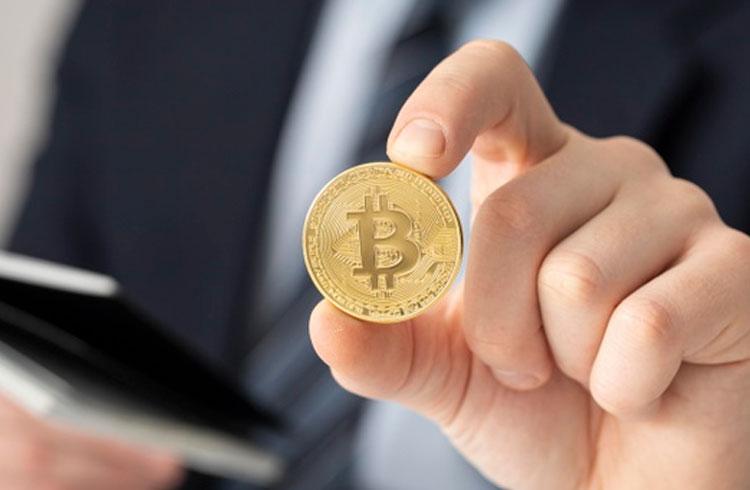 """""""Provou seu valor"""": antigo crítico do Bitcoin agora defende investimento"""