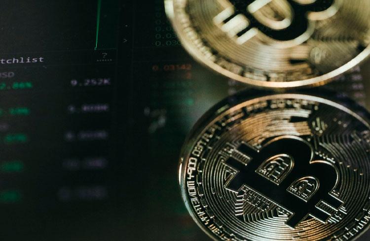 Queda a caminho? Bitcoin sofrerá impacto de R$ 20 bilhões na sexta-feira