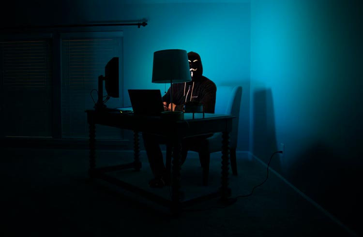 Hacker de 18 anos ataca clone do Ethereum com apenas R$ 500
