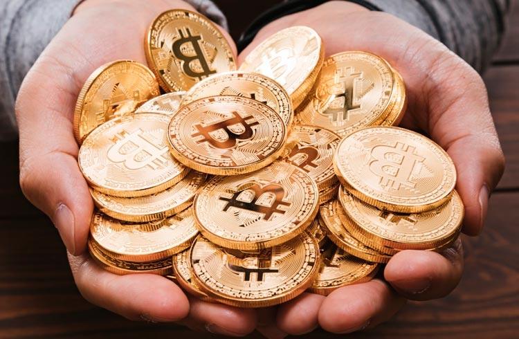 Plataforma comete erro e dá R$ 147 milhões em Bitcoin a usuários