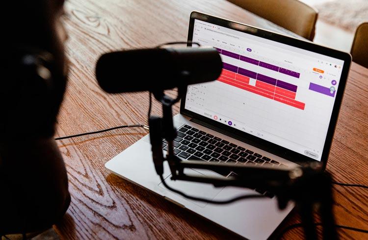 "Podcast sobre criptomoedas entra no ""Top 10"" da Forbes"
