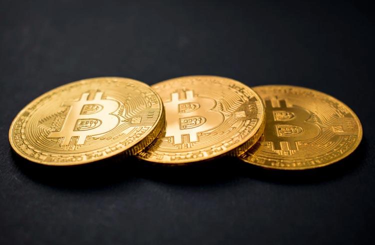 Queda do Bitcoin deixa Tesla no prejuízo com seus BTC restantes