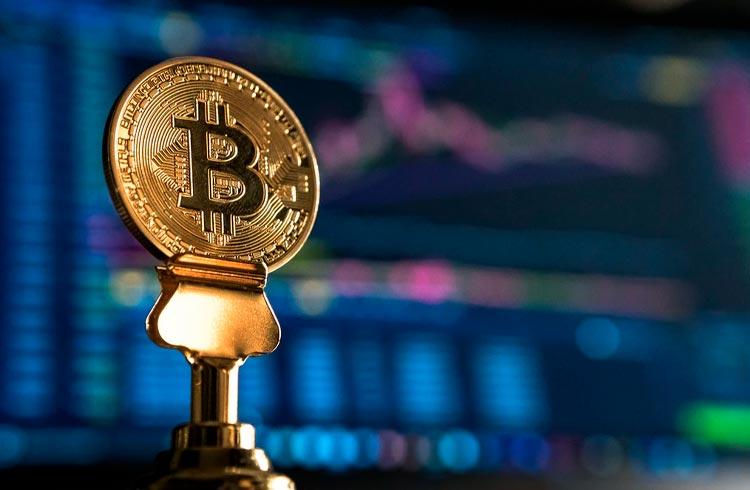 Bitcoin ameaça voltar aos US$ 30.000; ADA, XRP e BNB derretem