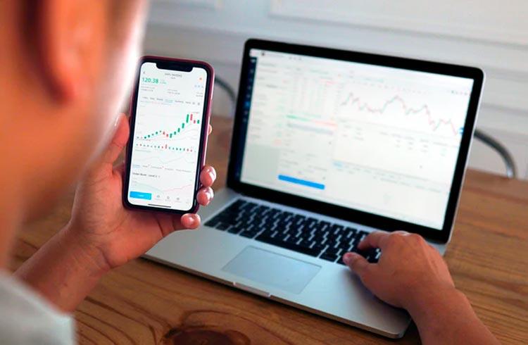 Coinbase lista 3 tokens e preços podem disparar