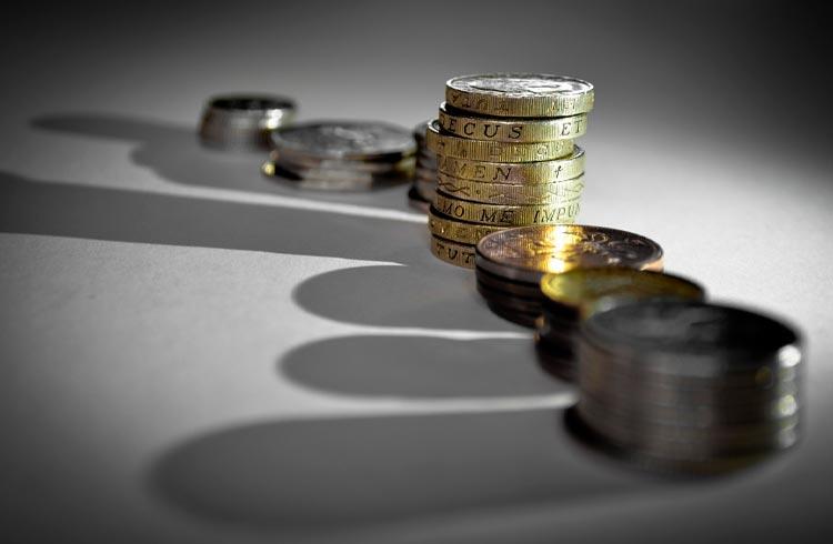 Especialistas ensinam como não perder dinheiro para influenciadores