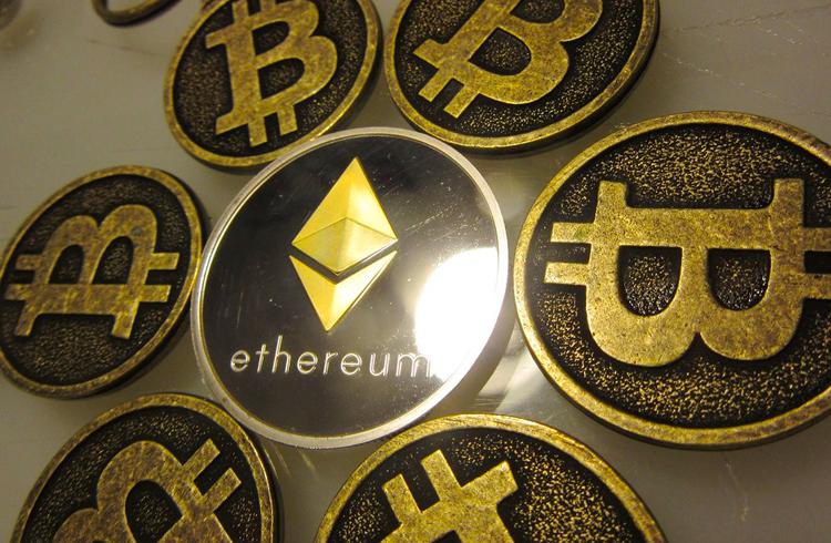 Ethereum supera Bitcoin em usuários ativos pela primeira vez