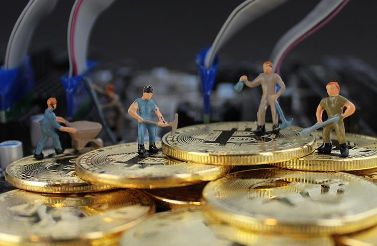 Hidrelétricas chinesas estão vendendo equipamentos com queda na mineração de Bitcoin