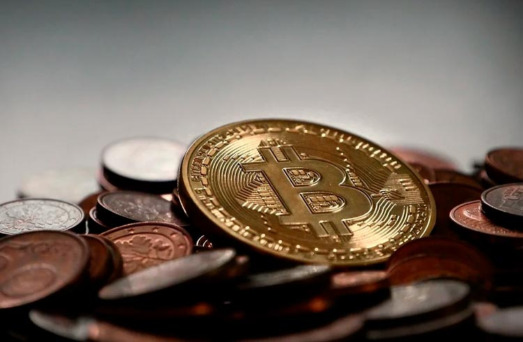 Investidores abandonam teoria que prevê Bitcoin a US$ 100 mil