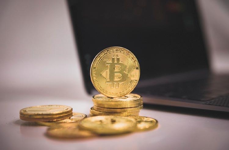 Mesmo com queda do Bitcoin, busca por fundos aumenta