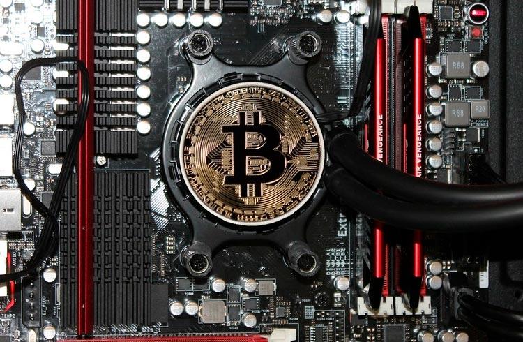 Mineradores de Bitcoin já começam a deixar a China; EUA e Cazaquistão são destinos